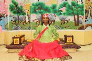 The clothing of a Korean queen (Hanbok).